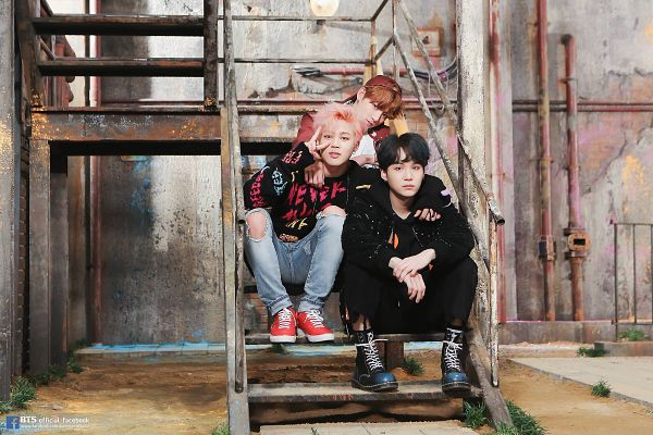 Tags: K-Pop, Bangtan Boys, Jungkook, Park Jimin, Suga, V Gesture, Sitting On Stairs, Trio, Stairs, Sitting, Three Males, You Never Walk Alone