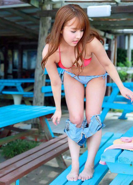 Tags: Honey Popcorn, Yua Mikami, Undressing, Lingerie, Cleavage, Bra, Midriff, Bikini, Barefoot, Suggestive, Swimsuit, Bend Over