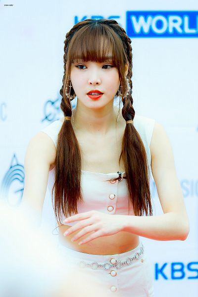 Tags: K-Pop, G-friend, Yuju, Looking Down, Sleeveless, Red Lips, Belt, Bare Shoulders, Twin Tails, Braids, Tank Top, Buttons