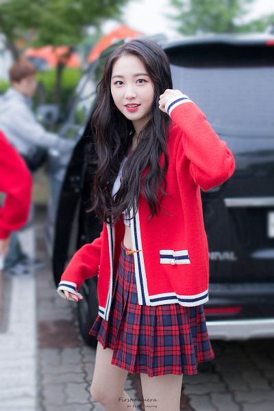 Tags: Hunus Entertainment, K-Pop, Elris, Yukyung, Red Outerwear, Multi-colored Skirt, Checkered, Midriff, Checkered Shirt, Skirt, Red Jacket, Red Lips