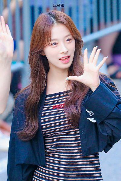 Tags: K-Pop, Rocket Punch, Yunkyoung, Black Jacket, Striped Dress, Black Dress, Striped, Looking Away, Wave, Black Outfit, Backdraft