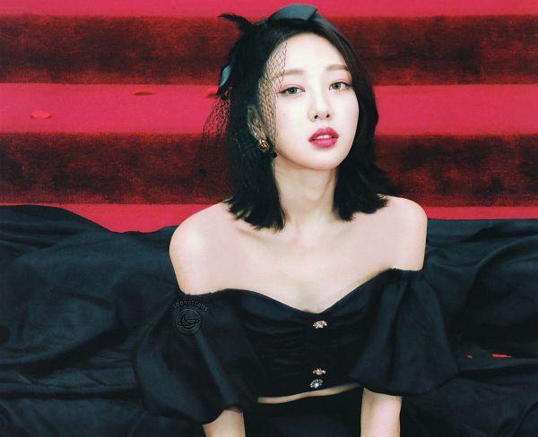Tags: K-Pop, LOOΠΔ, Yves, Scan, [12:00]