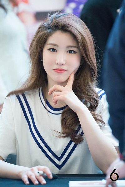Tags: K-Pop, Laboum, ZN