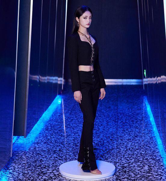 Tags: K-Pop, Zhou Jieqiong