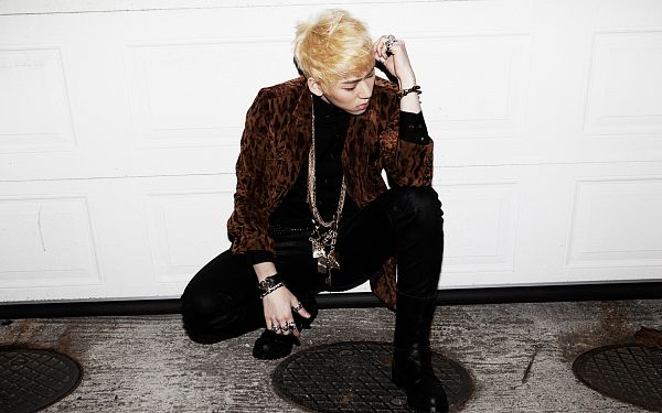 Tags: K-Pop, Block B, Zico, Kneeling, Belt, Black Footwear, Black Pants, Necklace, Crouching, Ring, Bracelet, Looking Down