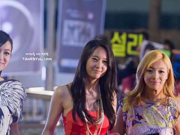 Tags: K-Pop, f(x), Luna, Krystal Jung