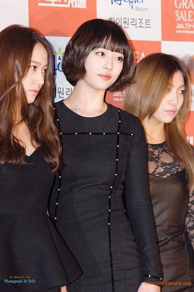 Tags: K-Pop, f(x), Krystal Jung, Luna, Sulli, Mobile Wallpaper