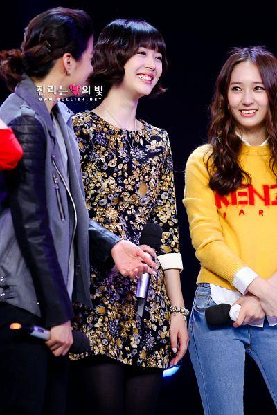 Tags: K-Pop, f(x), Sulli, Krystal Jung, Amber Liu, Mobile Wallpaper