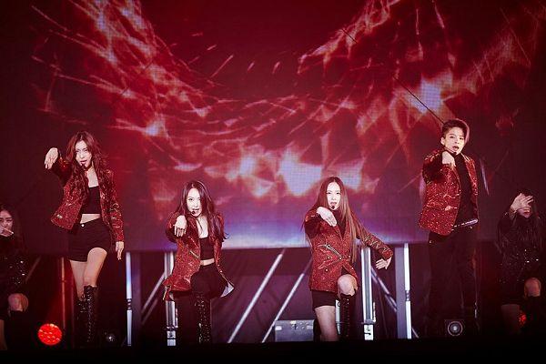 Tags: SM Town, K-Pop, f(x)